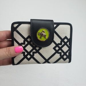 Spartina 449 wallet cream, black, and green